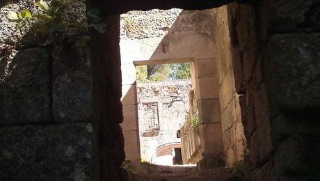 Mosteiro Bon Xesús Acceso al claustro