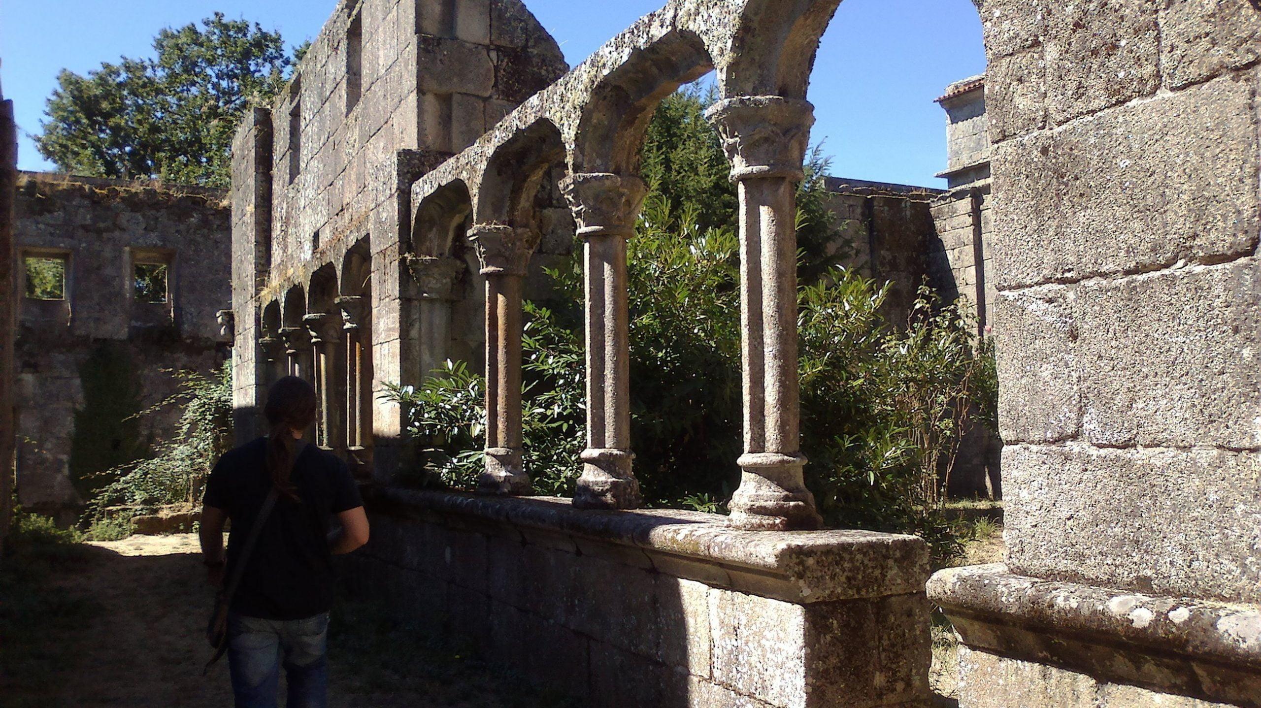 Mosteiro Bon Xesús Claustro N