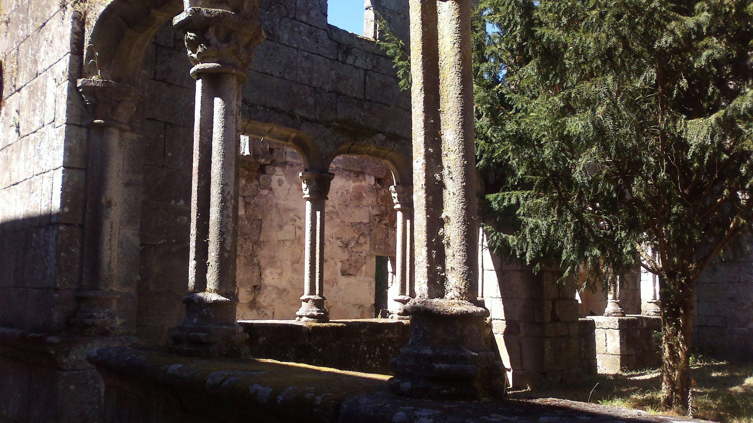 Mosteiro Bon Xesús Claustro E