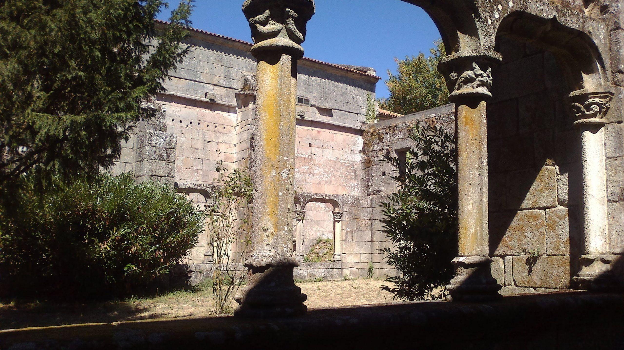 Mosteiro Bon Xesús Claustro O
