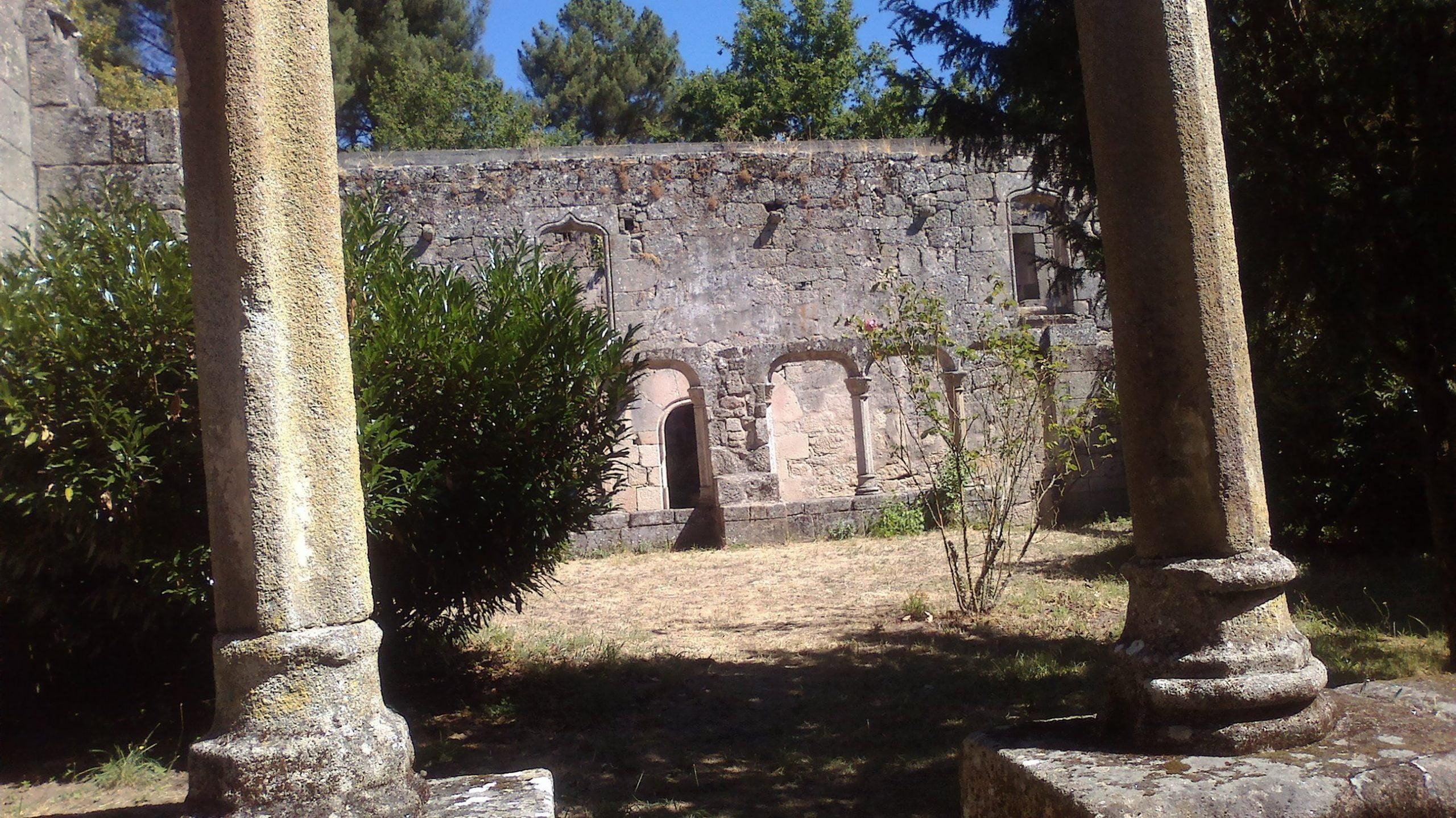 Mosteiro Bon Xesús Claustro  Rosal