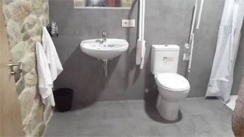 Habitación 001 Campanario baño adaptado