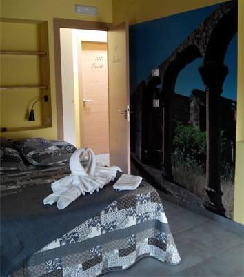 h101_1 Claustro desde cuarto de baño