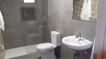 h102 baño
